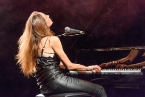 PFF - Piano Forte Forte, Trisonata per corpo femminile e pianoforte - Teatro Elfo Puccini (Milano)