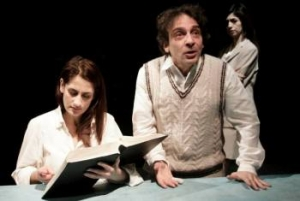 La donna che legge - Teatro Out Off (Milano)