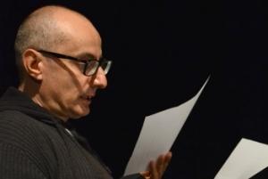L'uomo con gli occhiali da hipster - Teatro Vascello (Roma)